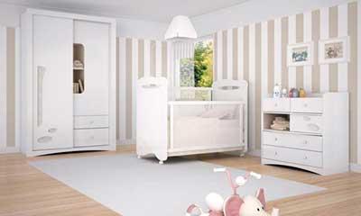 móveis brancos decorativos
