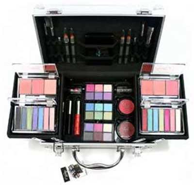 modelo de maleta de maquiagem