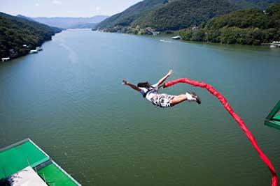 pulando alto