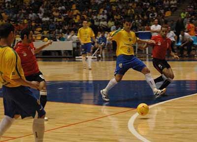 indicações de esportes parecidos com futebol
